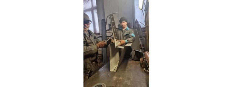 Изготовление уличных скамеек из металла